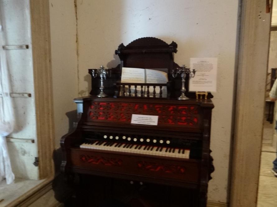 The Harney Mansion Vintage Organ