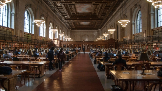 http://www.guiadenuevayork.com/new-york-public-library http://www.nypl.org/